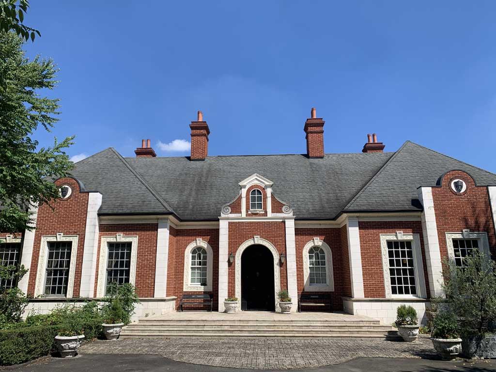 アルバート邸