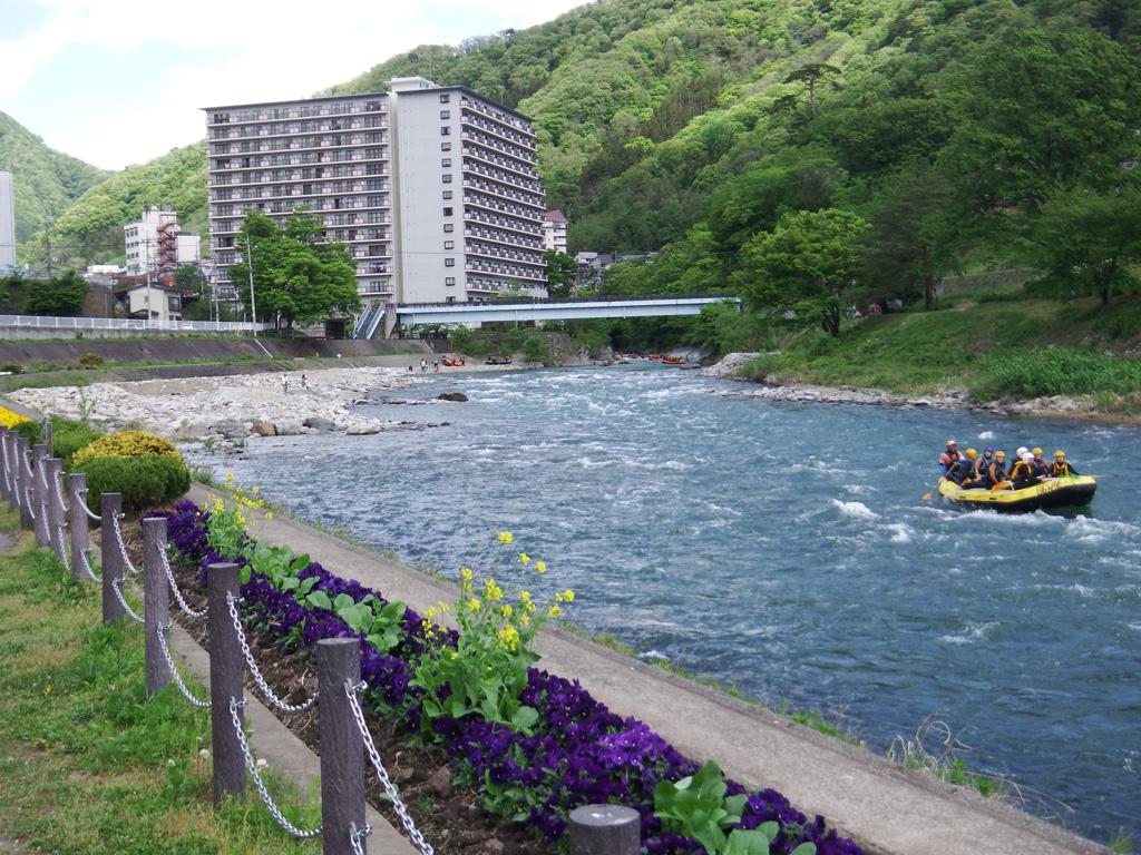 利根川(みなかみ町清流公園付近)