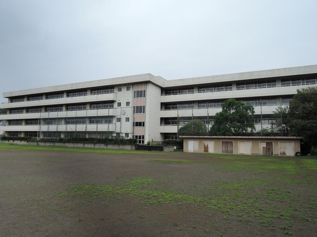 旧北中学校